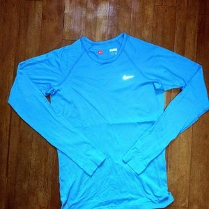 Nike FIT DRY athletic work out shirt